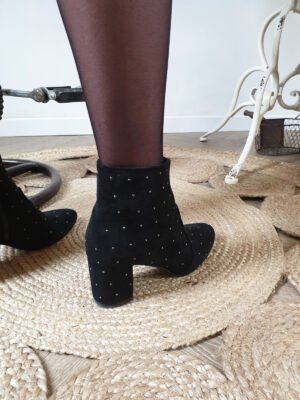 DACCA - BOTTINES CLOUTEES